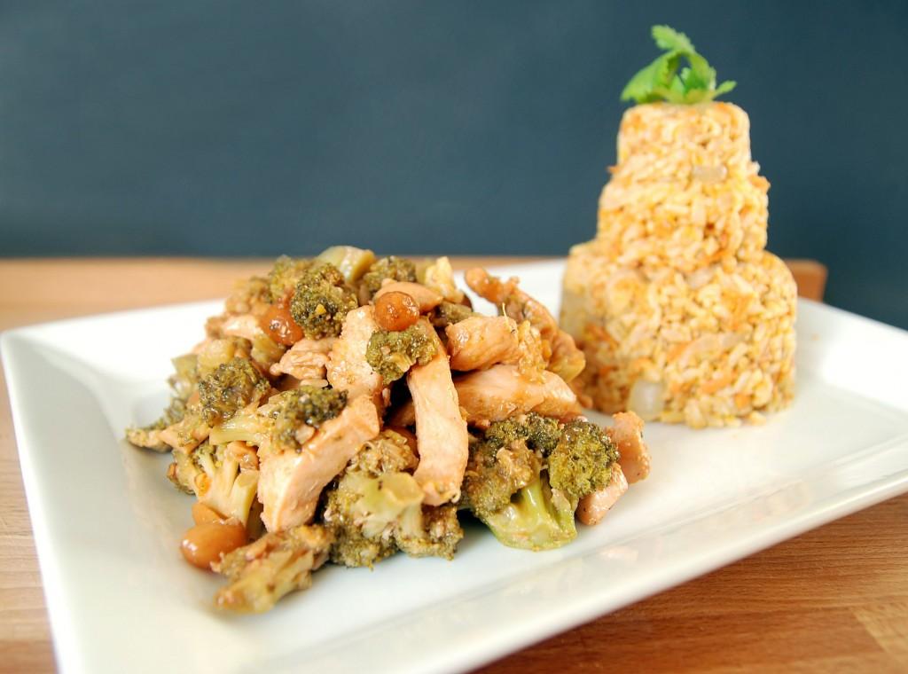 Chicken Cashews Amp Broccoli Stir Fry The Novice Chef