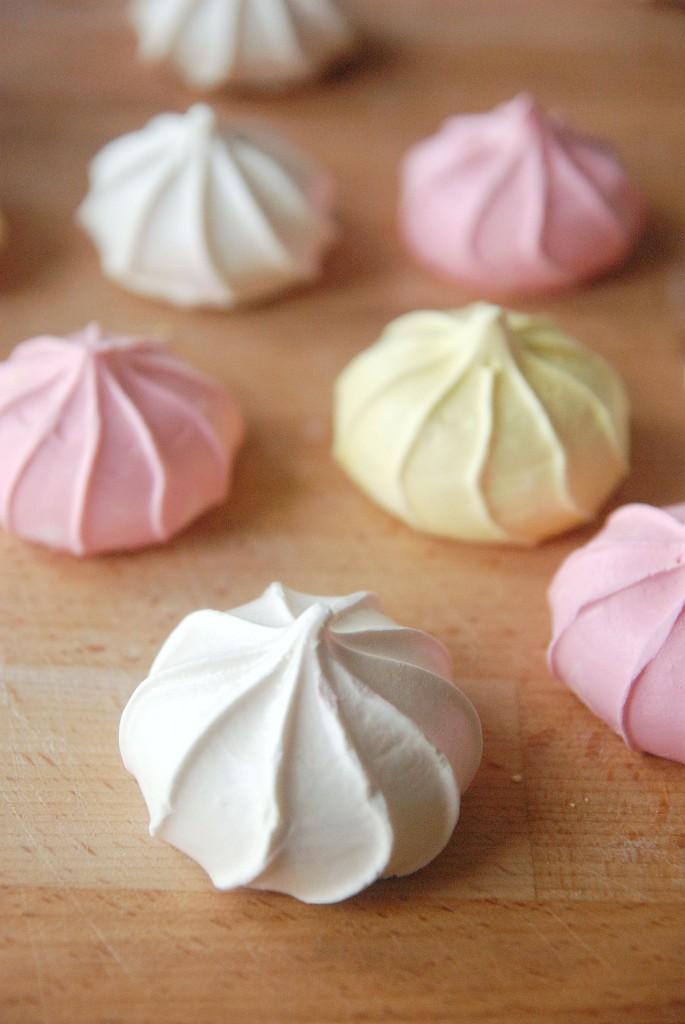 Meringue Kiss Cookies | The Novice Chef