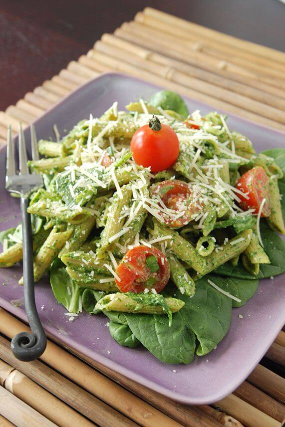 Easy Spinach Pesto Pasta Recipe