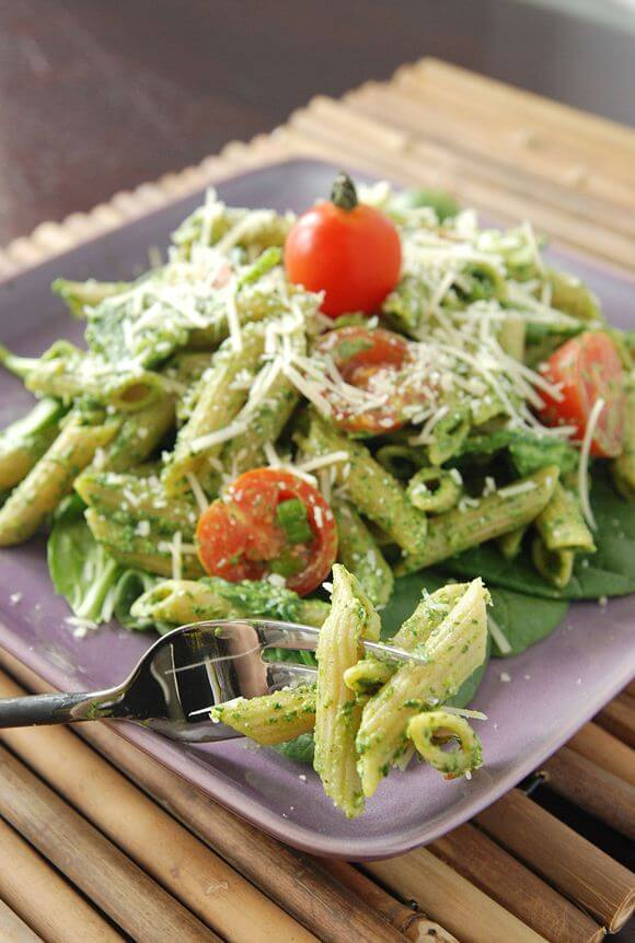 Homemade Spinach Pesto Pasta Recipe