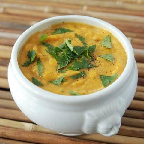 Sweet Potato Coconut Curry Soup