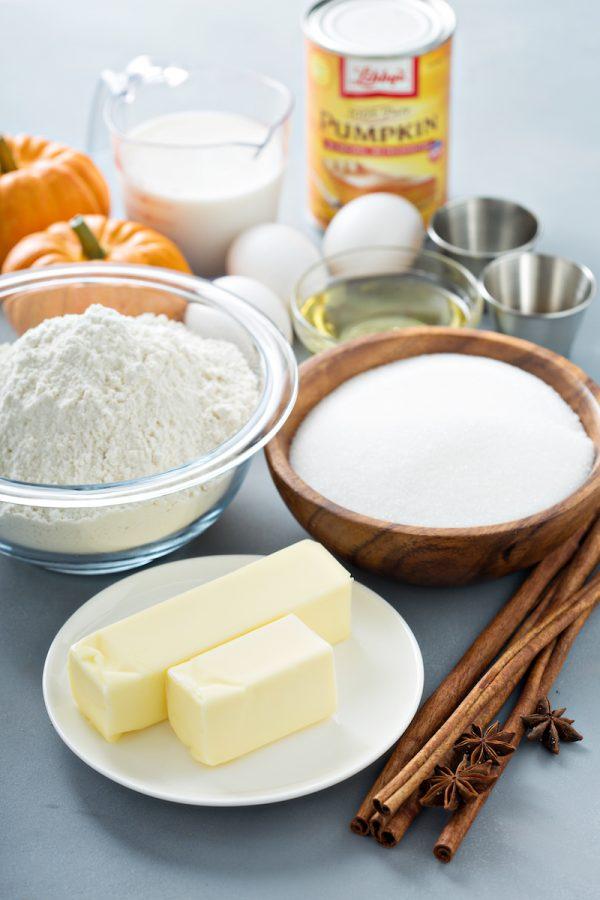 Pumpkin Cake ingredients in bowls.