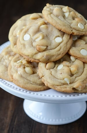 The Best White Chocolate Macadamia Nut Cookies (recipe via thenovicechefblog.com)