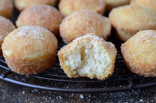 Baked Mini Doughnut Muffins (via thenovicechefblog.com)
