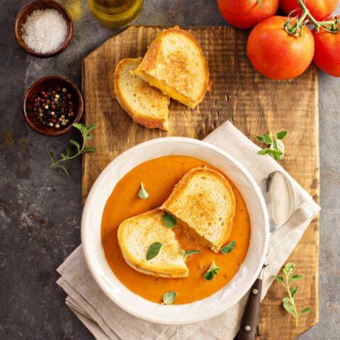 Panera Creamy Tomato Soup Copycat Recipe