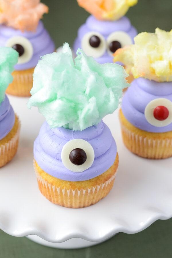 Monster Cupcakes (via thenovicechefblog.com)
