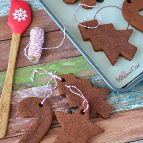 DIY Cinnamon Christmas Ornaments