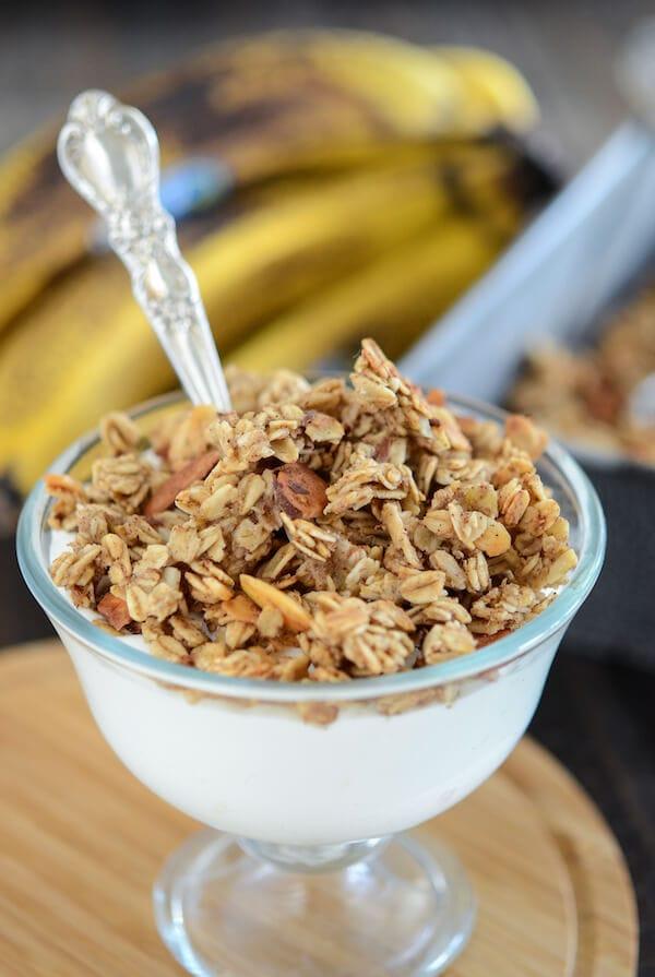 Banana Nut Bread Granola - a great way new way to use up an over ripe banana! Recipe via www.thenovicechefblog.com