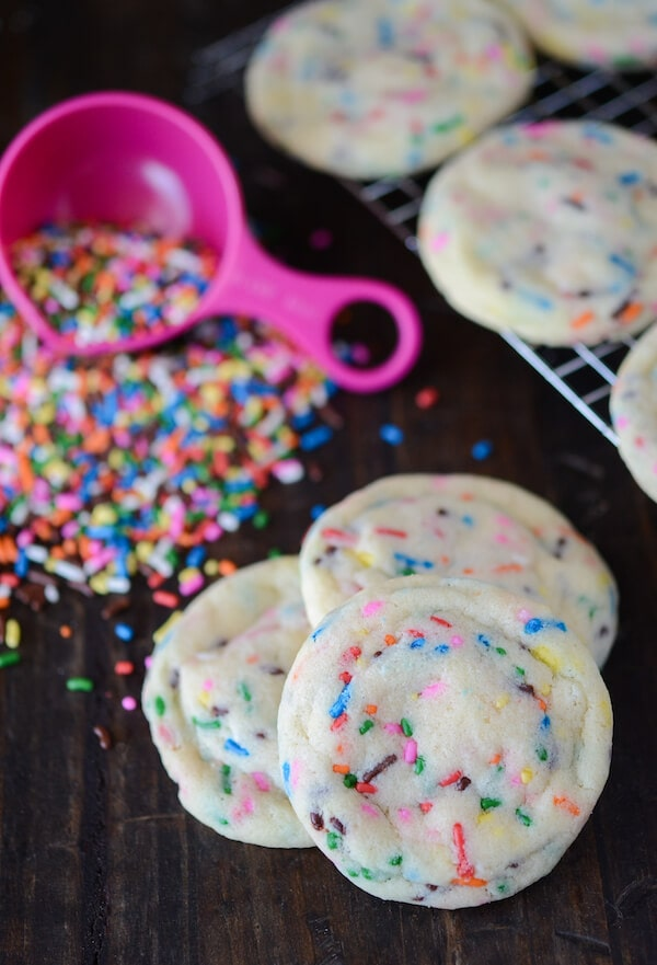 Soft Sprinkle Sugar Cookies: Part of the Top 12 Cookies to make for a Cookie Exchange! Recipe on www.thenovicechefblog.com