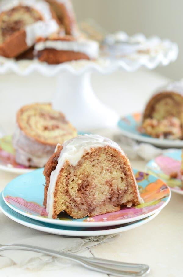 Honey Bun Cake! The perfect coffee cake!