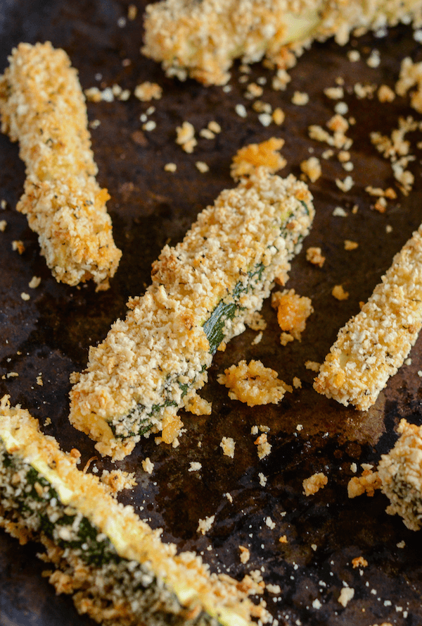 Baked Zucchini Fries with Spicy Mozzarella Dip!