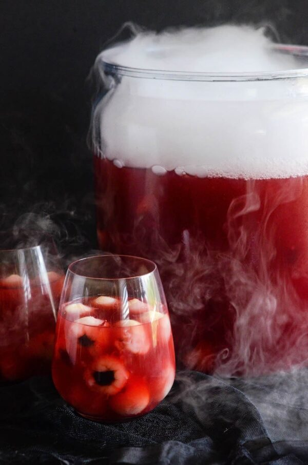 Sparkling Cranberry Orange Eyeball Punch: a super easy, spooky halloween themed punch that can be made with or without vodka to please ghouls of all ages.