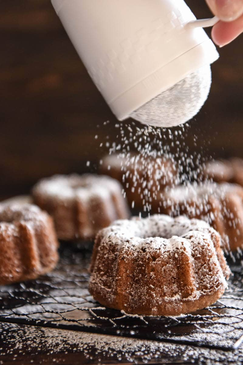 Pumpkin Mini Bundt Cakes!