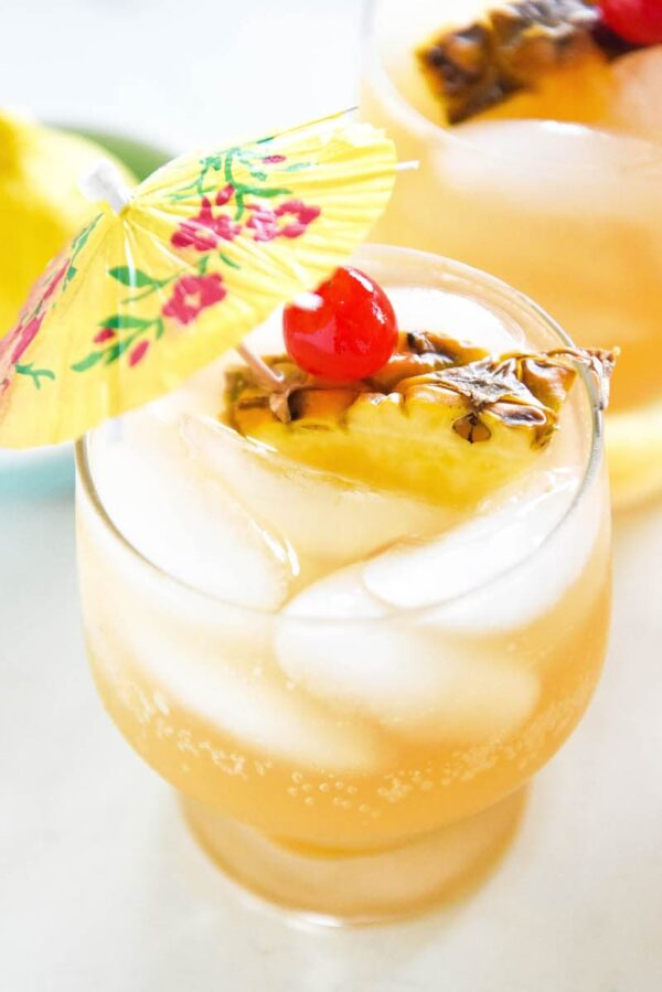 Sparkling Pineapple Punch: a refreshing 1959 throwback punch recipe that is easily made ahead and is perfect for a baby shower or a happy hour - just add vodka (or rum!) #punch #bridalshower #babyshower #happyhour #cocktail #mocktail