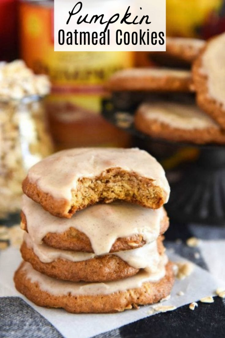 Iced Pumpkin Oatmeal Cookies: put a Fall flavored spin on your favorite old fashioned iced oatmeal cookies with the addition of pumpkin! #pumpkin #cookies #dessert #fallrecipes #pumpkincookies #pumpkinrecipes #cookierecipes #fallcookies