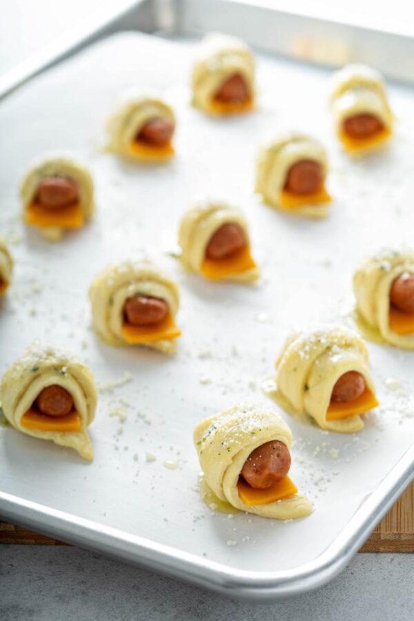 Cheesy Ranch Pigs In A Blanket before going into the oven to bake.