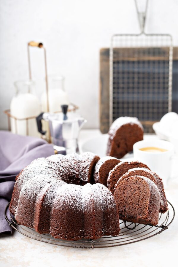 Chocolate Root Beer Pound Cake: a moist chocolate pound cake loaded with root beer flavor! #RootbeerPoundCake #RootBeerCake #RootBeer #PoundCake #BundtCake #ChocolateCake #ChocolateRootbeerCake #ChocolateRootbeerPoundCake #Dessert #Cake