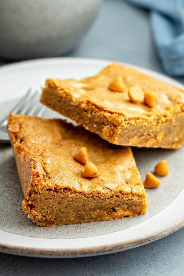 Butterscotch Blondies on a white plate.