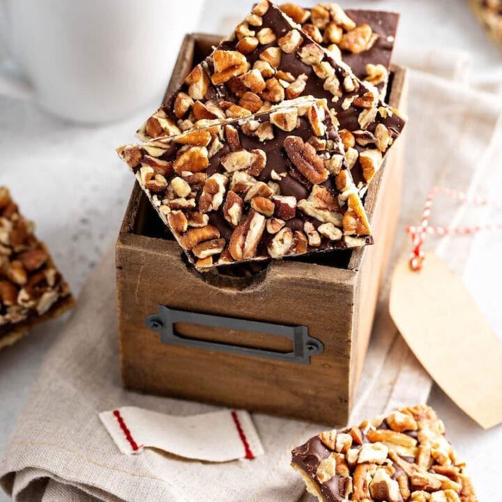 Pecan Christmas Crack Recipe