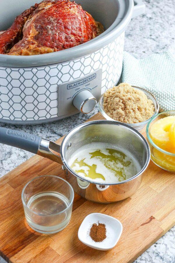 ingredients to make crockpot ham.