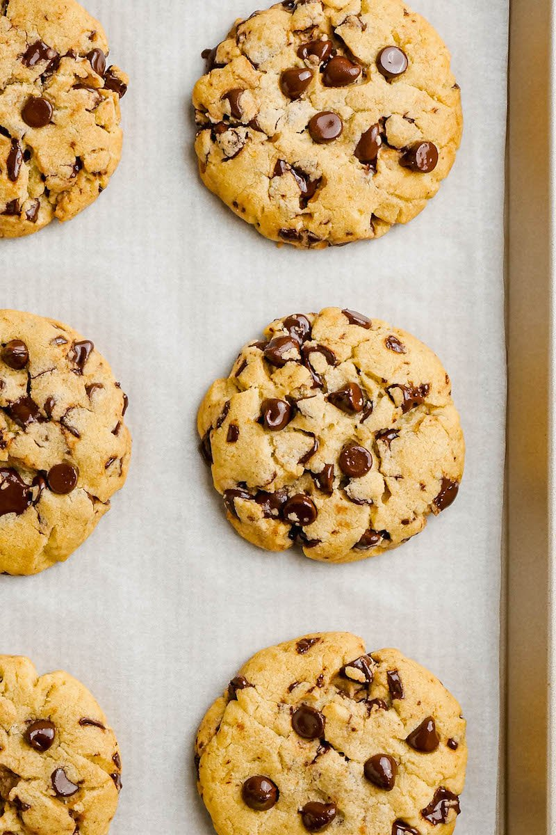 6 large chocolate chip cookies.