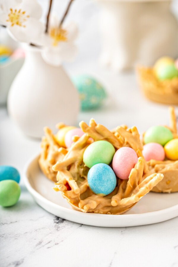 An Easter egg haystack is on a white plate.