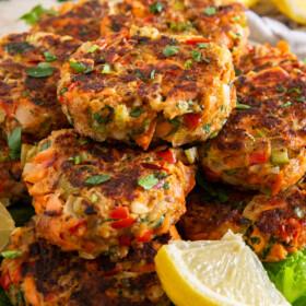 Plate of salmon patties.