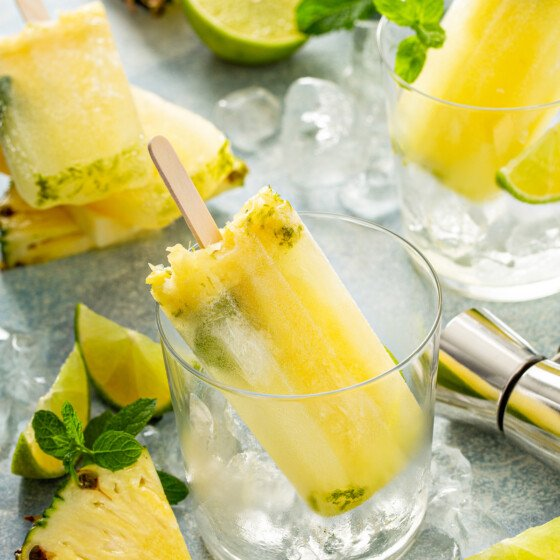 How to make mojito popsicles pineapple flavor